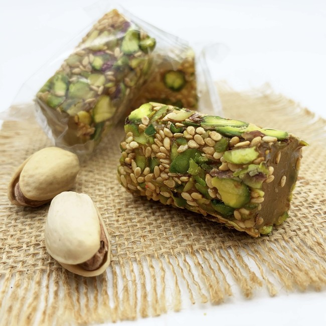 Malban Araysseh with Pistachio and Sesame